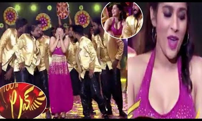 Anchor Rashmi Entry In Star Maa 100 Percent Love Program-రూట్ మార్చిన యాంకర్ రష్మీ.. ఆ ఛానల్ లో ఎంట్రీ..-Latest News - Telugu-Telugu Tollywood Photo Image-TeluguStop.com