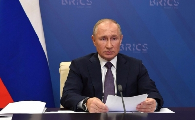 Russia Faced With Containment Threat: Putin-TeluguStop.com
