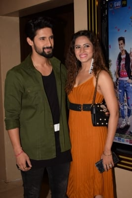 Sargun Mehta, Ravi Dubey Turn Producers With Tv Show 'udaariyan'-TeluguStop.com