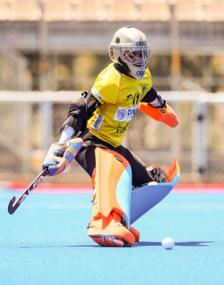 Savita And Rajani Help Me With My Game: Goalkeeper Bichu-TeluguStop.com
