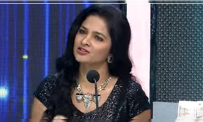 Shivabalaji Wife Madhumitha Cried In Big Celebrity Challenge Show-సుమ షోలో కన్నీళ్లు పెట్టుకున్న శివబాలాజీ భార్య.. ఎందుకంటే-Latest News - Telugu-Telugu Tollywood Photo Image-TeluguStop.com