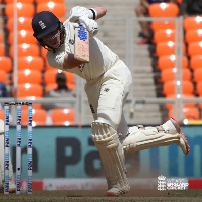 4th Test: Pope Sees Eng Through To Tea (ld)-TeluguStop.com