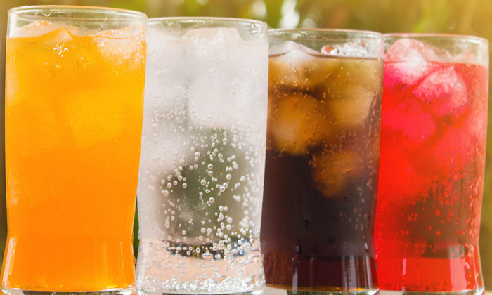 Dangerous Side Effects Of Cool Drinks-సమ్మర్ కదా అని కూల్గా కూల్డ్రింక్స్ తాగితే రిస్క్ తప్పదు-Latest News - Telugu-Telugu Tollywood Photo Image-TeluguStop.com