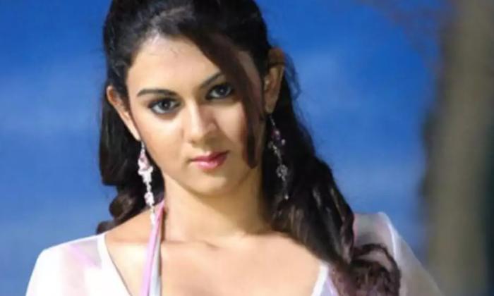 Telugu Kamna Jethmalani, Movie Career, S Ampoornesh Babu, Sameera Reddy, Tollywood Stars, Tollywood Stars Lies, Tollywood Stars Lies To Settle In Industry-Telugu Stop Exclusive Top Stories