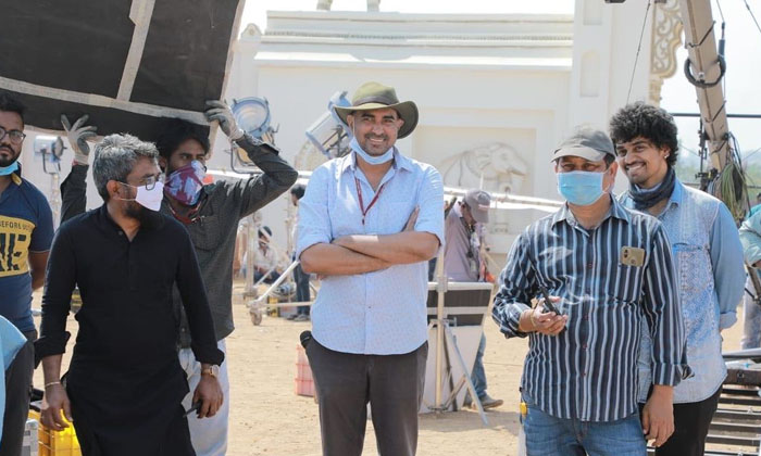 Director Krish Joins Instagram & Shares About #pspk27-TeluguStop.com
