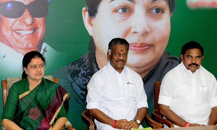 Good Bye To Tamilnadu Politics Shashikala Sensational Decision-తమిళ రాజకీయాలకు గుడ్ బై..శశికళ సంచలన నిర్ణయం..-General-Telugu-Telugu Tollywood Photo Image-TeluguStop.com