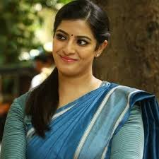 Varalakshmi Sarathkumar To Play A Key Role In Jr Ntr- Trivikram Movie.-TeluguStop.com