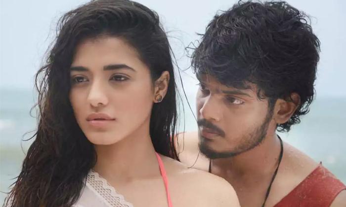 Akash Puri Kethika Sharma Movie Romantic Release Date-ఎట్టకేలకు పూరి కొడుకు సినిమా విడుదల తేదీపై క్లారిటీ వచ్చేసింది-Latest News - Telugu-Telugu Tollywood Photo Image-TeluguStop.com