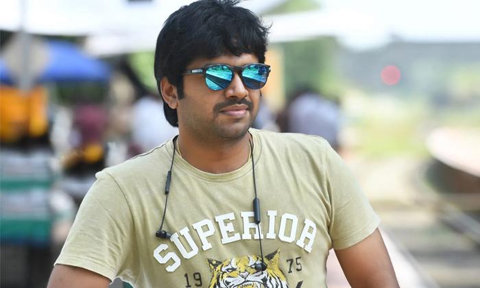 Anil Ravipudi Doing One By One Movie With Star Heros-కెరీర్ ప్లానింగ్ విషయంలో అనీల్ రావిపూడిని ఫాలో అవ్వాలట.. ఎందుకంటే-Latest News - Telugu-Telugu Tollywood Photo Image-TeluguStop.com