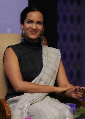 Anoushka Shankar Announces New Track 'sister Susannah'-TeluguStop.com