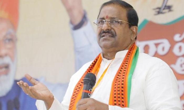 The Bjp Wants To Hand Over The Responsibilities To Purandeswari As The Ap Bjp President-ఏపీ బీజేపీ ప్రక్షాళన పురంధేశ్వరికి పగ్గాలు -Political-Telugu Tollywood Photo Image-TeluguStop.com