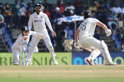 Batting Success Rubbed Off On Wicket-keeping: Pant-TeluguStop.com