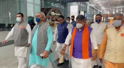 Bengal Bjp Leaders Reach Delhi To Finalise Party Candidates-TeluguStop.com