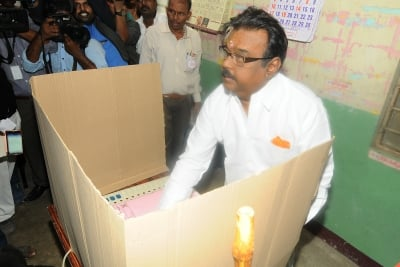 Dmdk Lashes Out At Aiadmk Over Reservation To Vanniyars-TeluguStop.com