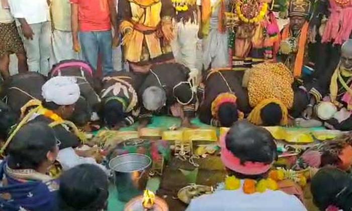 Gavi Matam Brahmotsavam In Anantapur District Andhra Pradesh Different Tradition-TeluguStop.com