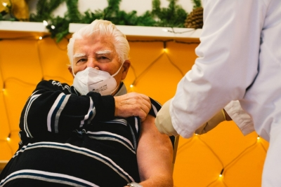 Germany Recommends Astrazeneca Vaccine For People Over 65-TeluguStop.com