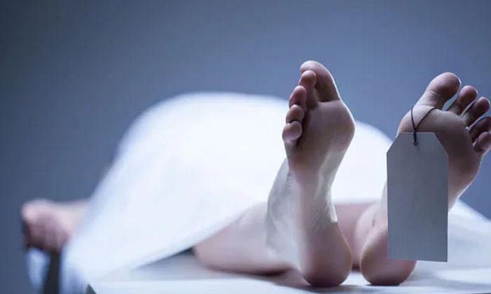 Bride Dies Of Heart Attack At Wedding Day-పెండ్లి ఇంట్లో విషాదం.. గుండెపోటుతో వధువు మృతి.. -Breaking/Featured News Slide-Telugu Tollywood Photo Image-TeluguStop.com