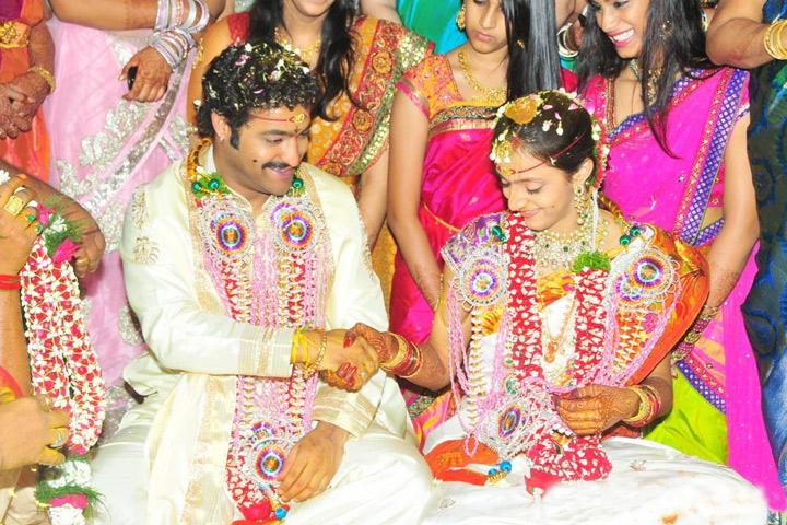 Untold Story About Jr Ntr And Lakshmi Pranathi Wedding-తారక్ – లక్ష్మి ప్రణతి పెళ్లి వెనక ఎంత పెద్ద కథ ఉందో తెలుసా..-Latest News - Telugu-Telugu Tollywood Photo Image-TeluguStop.com