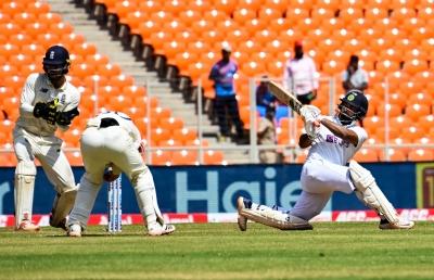 Pant Emerges As A Complete Batsman-wicket-keeper Package-TeluguStop.com