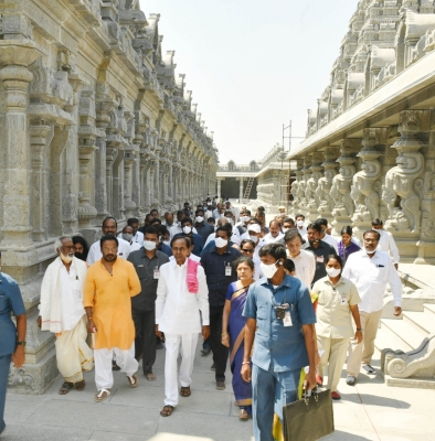 Telangana's Yadadri Temple To Re-open In May After Renovation-TeluguStop.com