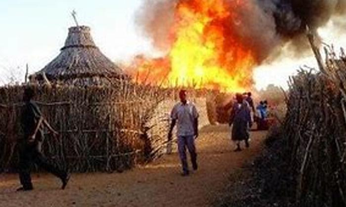 Huge Fire In Vijayanagar-విజయనగరం లో భారీ అగ్నిప్రమాదం..-General-Telugu-Telugu Tollywood Photo Image-TeluguStop.com