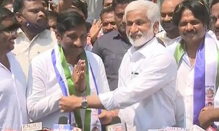 Telugu Andhra And Telangna Headlines, Athcennaidu, Bandi Sanjay, Breaking News, Covid Vaccine, Kcr, President Ramnath Kovind, State Bundh, Telangana, Today Gold Rate-Latest News - Telugu