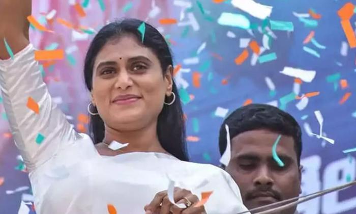 Ys Sharmila High Priority On Tdp Supporting Media-జగన్ మీడియా వద్దు.. టీడీపీ మీడియాకు ముద్దు ఏమైంది షర్మిల -Political-Telugu Tollywood Photo Image-TeluguStop.com