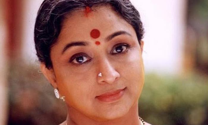 Ntr Punishment For Heroine Lakshmi And Why-ఎన్టీఆర్ హీరోయిన్ లక్ష్మీకి శిక్షవిదించారంట.. ఎందుకో తెలుసా..-Latest News - Telugu-Telugu Tollywood Photo Image-TeluguStop.com