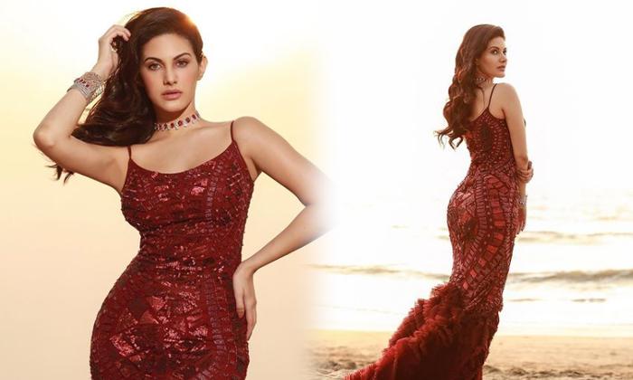 Bollywood Actress Amyra Dastur Trendy Clicks-telugu Actress Hot Photos Bollywood Actress Amyra Dastur Trendy Clicks - Te High Resolution Photo