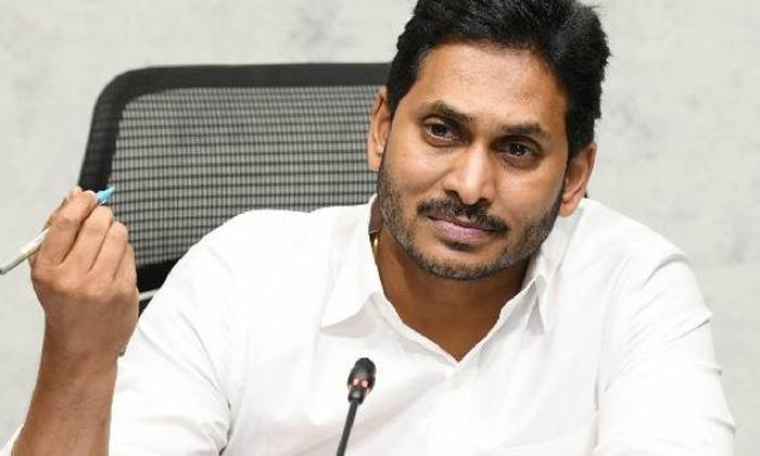 Tirupati Congress Candidate Serious Comments On Ysrcp Party-దొంగ ఓట్లు అంటూ వైకాపా పై మండిపడ్డ కాంగ్రెస్ అభ్యర్థి..-Political-Telugu Tollywood Photo Image-TeluguStop.com