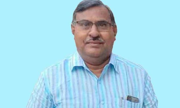 Cip Senior Leader Dies Of Heart Attack-గుండెపోటుతో కన్నుమూసిన సీపీఐ సీనియర్ నేత.. -Breaking/Featured News Slide-Telugu Tollywood Photo Image-TeluguStop.com