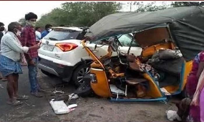 Road Accident At Guntur District-TeluguStop.com