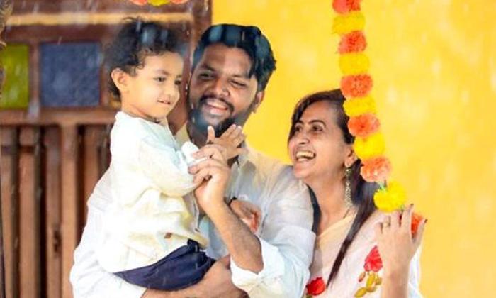 Telugu Bigg Boss4 Contestants, Birthday, Junnu, Lasya Family, Lasya Party, Lasya Son, Lasya Son Junnu, Lasya Son Junnu Birthday Celebrations, Photos Goes Viral, Star Anchor Lasya Grand Party-Movie