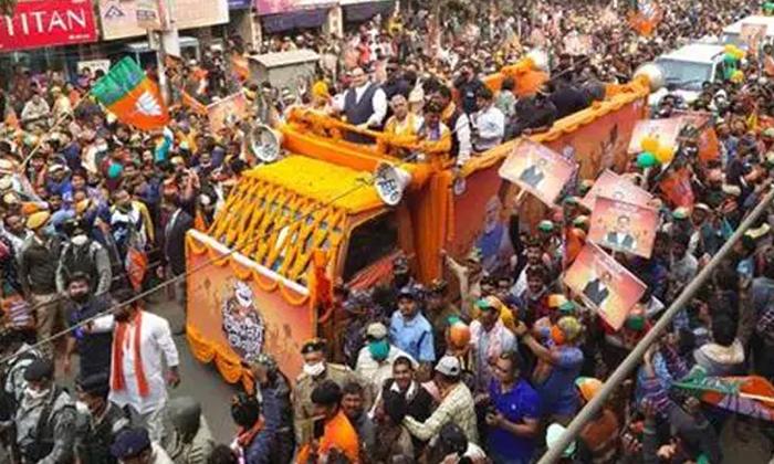 The Central Election Commission Has Taken A Key Decision In The Wake Of Covid-కోవిడ్ నేపధ్యంలో కీలక నిర్ణయం తీసుకున్న కేంద్ర ఎన్నికల సంఘం.. -Breaking/Featured News Slide-Telugu Tollywood Photo Image-TeluguStop.com