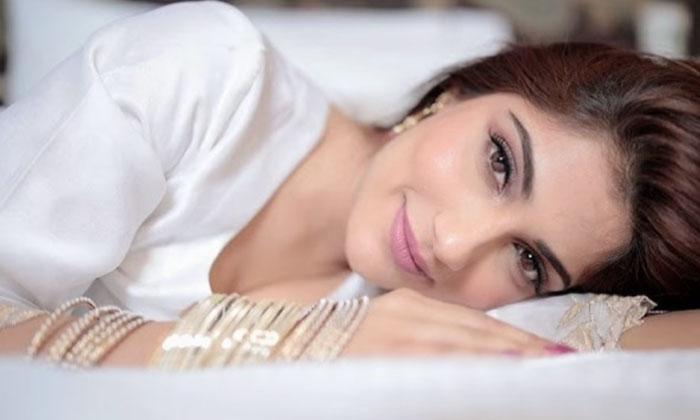 Model And Actress Ishita Raj New Hot Images-telugu Actress Hot Photos Model And Actress Ishita Raj New Hot Images - Telu High Resolution Photo
