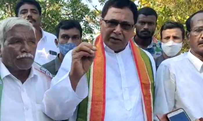 Komati Reddy Comments On Telangana Congress-కాంగ్రెస్ అధికారంలోకి వస్తే సీఎం అయ్యేది ఎవరంటే కోమటిరెడ్డి కామెంట్స్-Latest News - Telugu-Telugu Tollywood Photo Image-TeluguStop.com