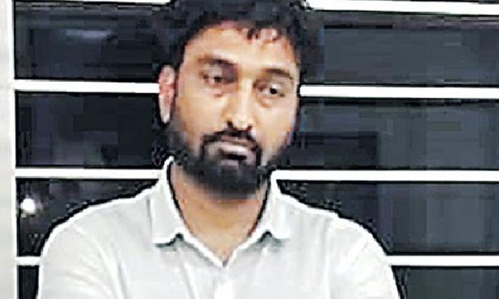 Rs 4 50 Crore White Collor Fruad In Hyderabad-చదివింది టెన్త్ మాత్రమే కానీ రూ.4.50 కోట్లు లాగేసాడు.. ఎలాగంటే.. -Breaking/Featured News Slide-Telugu Tollywood Photo Image-TeluguStop.com