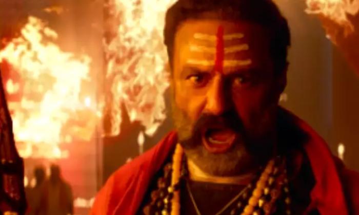 Akhanda Movie Satellite Rights Bagged By Star Maa-TeluguStop.com