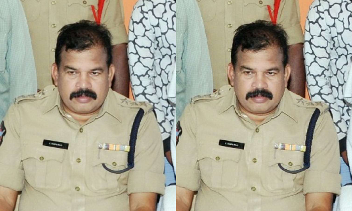 Vijayanagaram CCS DSP Passed Away Due To Covid -Latest News English-Telugu Tollywood Photo Image-TeluguStop.com