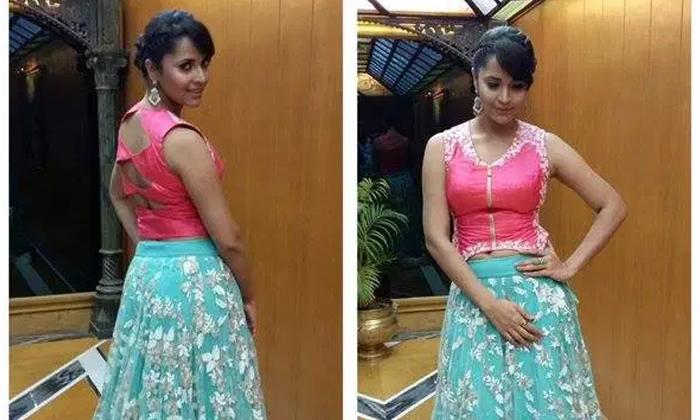 Anasuya Son Comments About Her Dressing-అలాంటి బట్టలు వేసుకోకు మమ్మీ.. అనసూయకు కొడుకు ఝలక్..-Latest News - Telugu-Telugu Tollywood Photo Image-TeluguStop.com