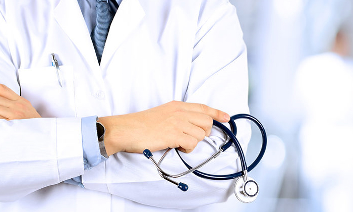 Indian Doctors Nurses To Benefit From Uks Fee Free 1 Year Visa Extension-కరోనాపై అవిశ్రాంత పోరాటం: భారత సంతతి వైద్యులు, సిబ్బందికి యూకే సర్కార్ శుభవార్త-Latest News - Telugu-Telugu Tollywood Photo Image-TeluguStop.com