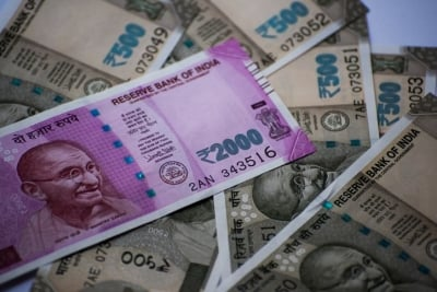 FPIs Turn Net Sellers, Pull Out Rs 740 Cr So Far In April-Business-Telugu Tollywood Photo Image-TeluguStop.com