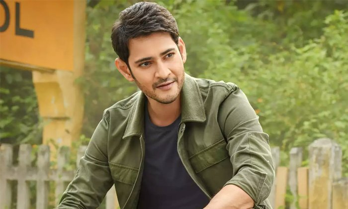 How Mahesh Babu Reaction To Action Scenes In Shooting-మహేష్ చెంప దెబ్బ ఎలా కొడతారో తెలుసా-Latest News - Telugu-Telugu Tollywood Photo Image-TeluguStop.com