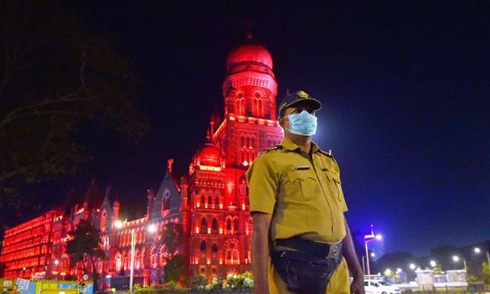 In Karnataka Complete Lock Down-దాదాపు పది రోజుల పాటు లాక్ డౌన్ లోకి ఆ రాష్ట్రం..-General-Telugu-Telugu Tollywood Photo Image-TeluguStop.com