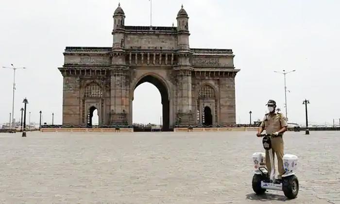 Maharashtra Government Has Announced Section 144 In The State From Tomorrow-ఆ రాష్ట్రంలో రేపటి నుంచి 144 సెక్షన్ ప్రకటించిన ప్రభుత్వం.. -Breaking/Featured News Slide-Telugu Tollywood Photo Image-TeluguStop.com