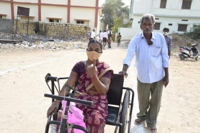MPTC, ZPTC Polls Underway In Andhra After HC Nod-General-English-Telugu Tollywood Photo Image-TeluguStop.com