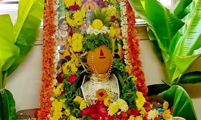 Significance Of Arati Pooja In Ramayanam-TeluguStop.com