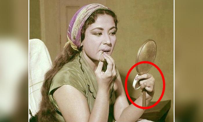 Why Actress Meena Kumari Not Showed Her Left Hand In Her Movies-అపురూప సౌందర్య రాశి ఈ హీరోయిన్ …చివరివరకు ఎడమచేతిని చూపించకుండా నటించింది-Movie-Telugu Tollywood Photo Image-TeluguStop.com