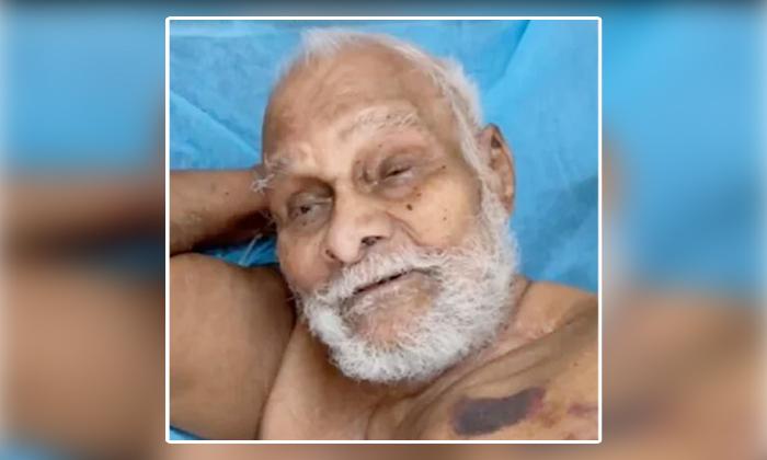 110 Years Old Man Ramananda Teertha Recovered From Corona In Hyderabad Gandhi Hospital-TeluguStop.com
