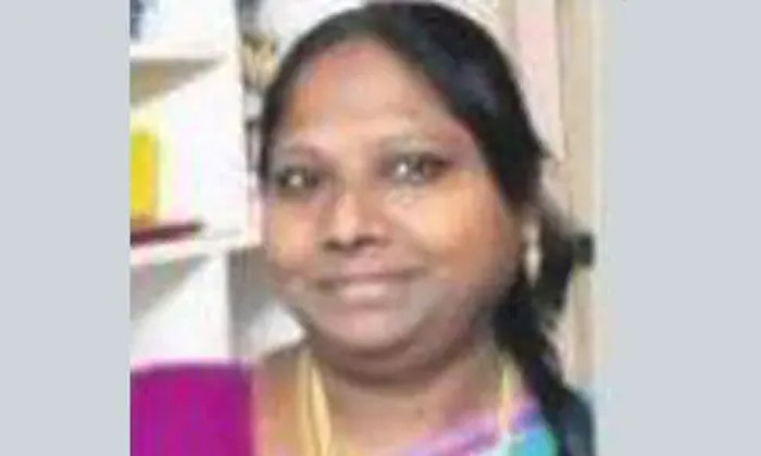 40 Years Old Pharmacist Nandamuri Revathi Dead For Corona In Kakinada-కరోనా వైరస్ కారణంగా నందమూరి రేవతి మృతి… దాంతో…-General-Telugu-Telugu Tollywood Photo Image-TeluguStop.com